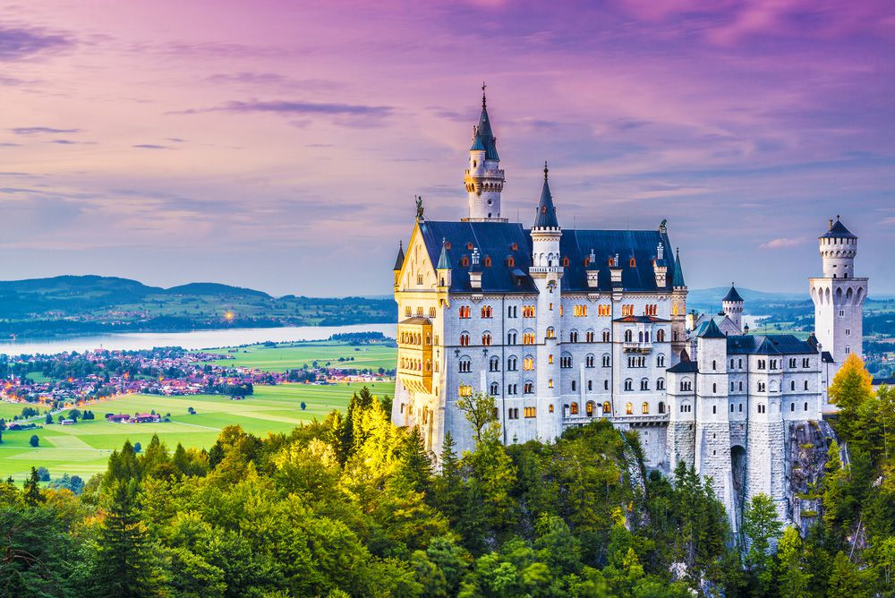 10 real-life fairy tale castles
