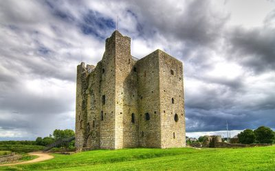 From Ringwork to Stone Fortification: Power and the Evolution of Anglo-Norman Castles in North-Eastern Ireland