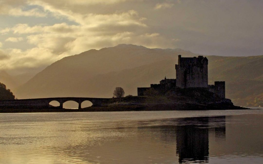 Movie tourists boost castle visitor numbers